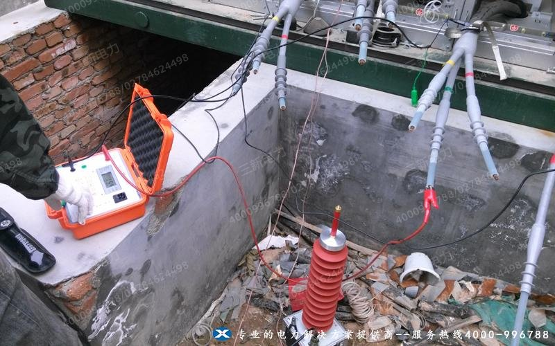 电缆的绝缘电阻试验现场图