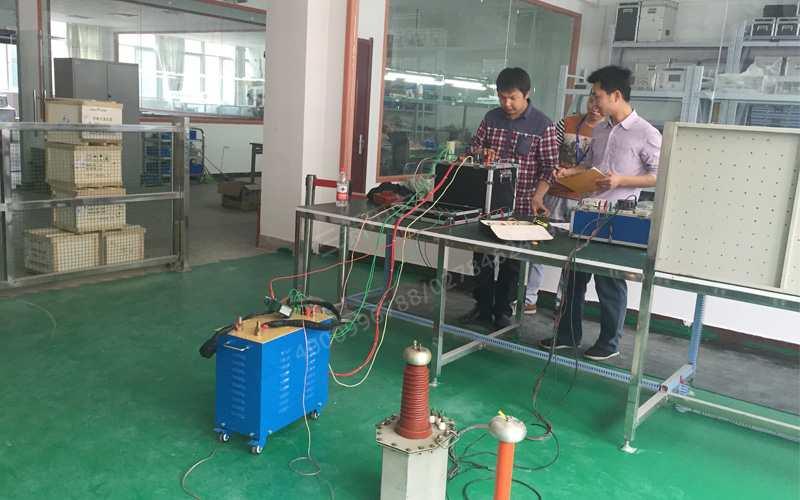 中国能建集团携同湖北省计量院诸位领导来厂验收